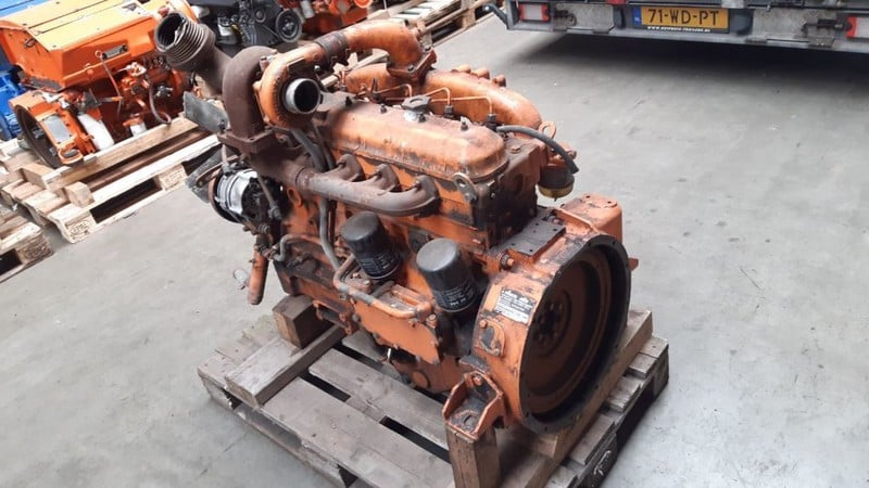 Motor second hand Iveco 8061